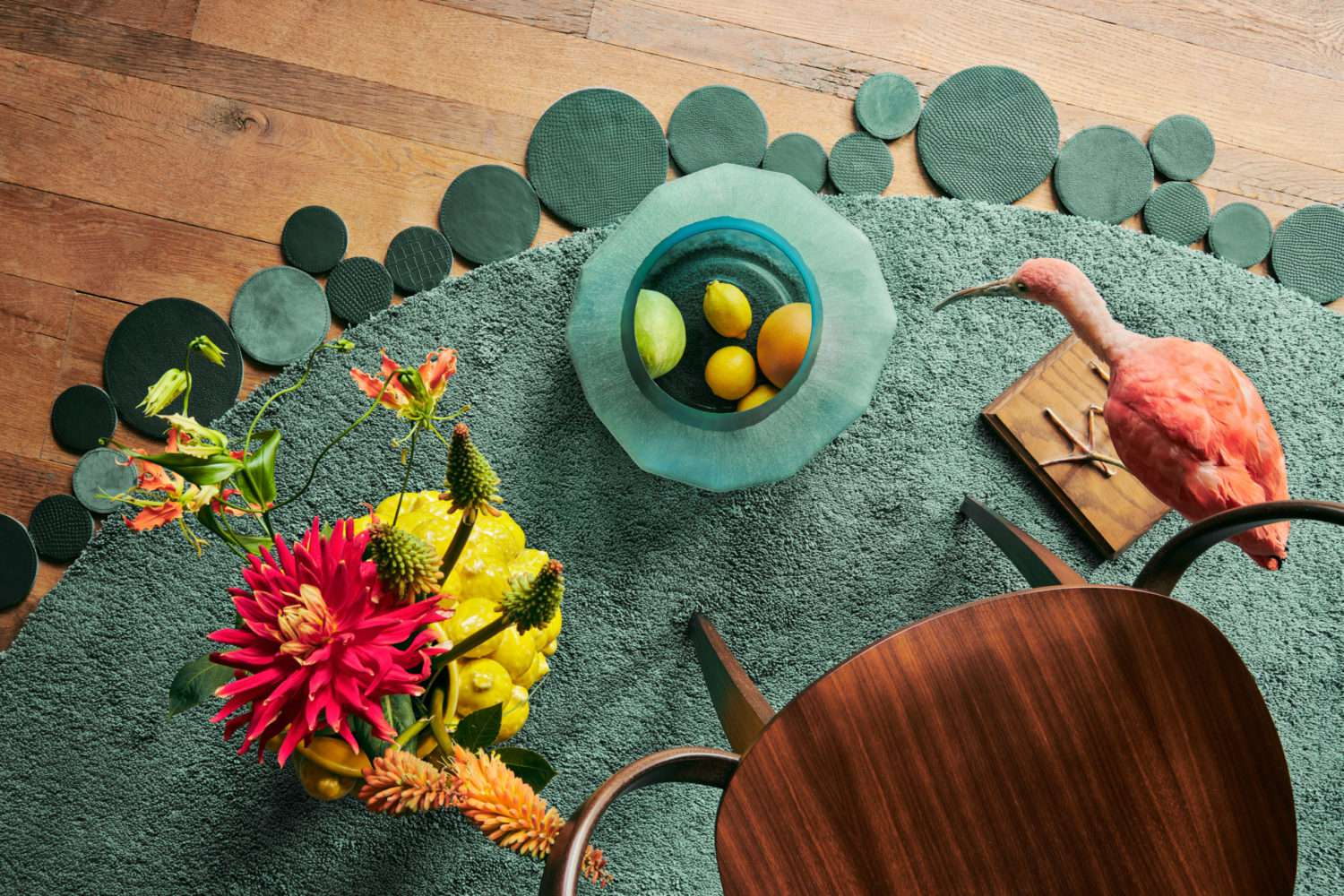 Floor Jewels Formation - vloerkleed groen - een design vloerkleed door Roelfien Vos en Van Besouw - Urban Jungle - woontrends 2021 - interieur trend 2021