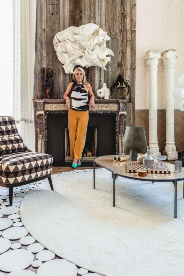 Floor Jewels Flawless met interior designer Roelfien Vos - design vloerkleed wit - boho chic - woontrends 2021 - interieur trend 2021